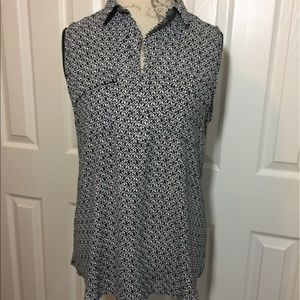 NWOT Sleeveless V-Neck Long Top